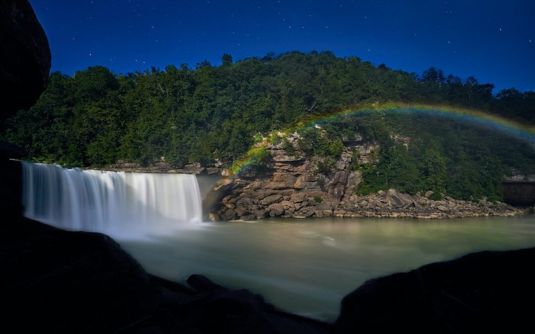 How To See The Cumberland Falls Moonbow